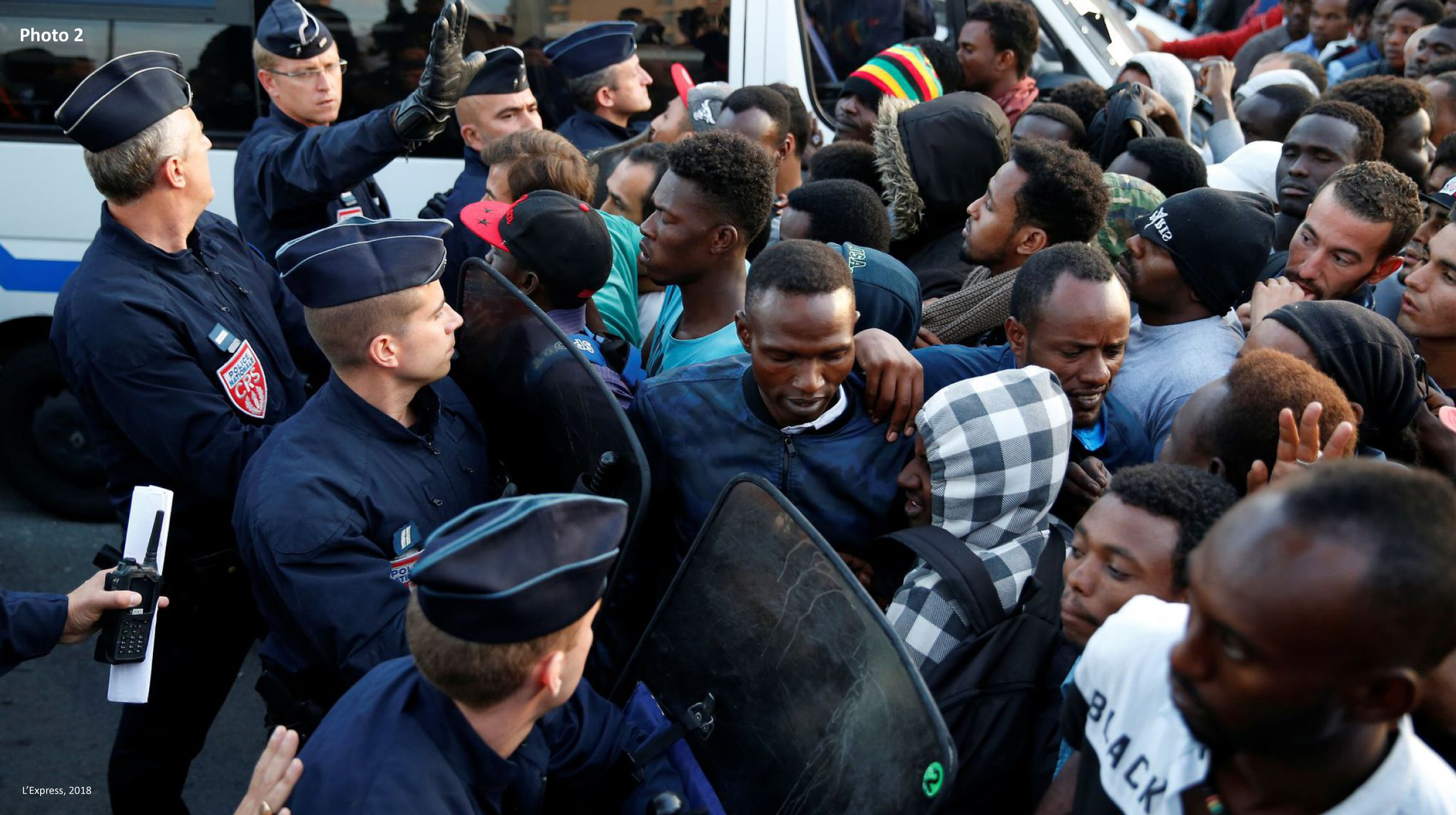 ventdouxprod 2019 nicolas barbier evacuation refugee camp paris mistreatment of refugees by the french state