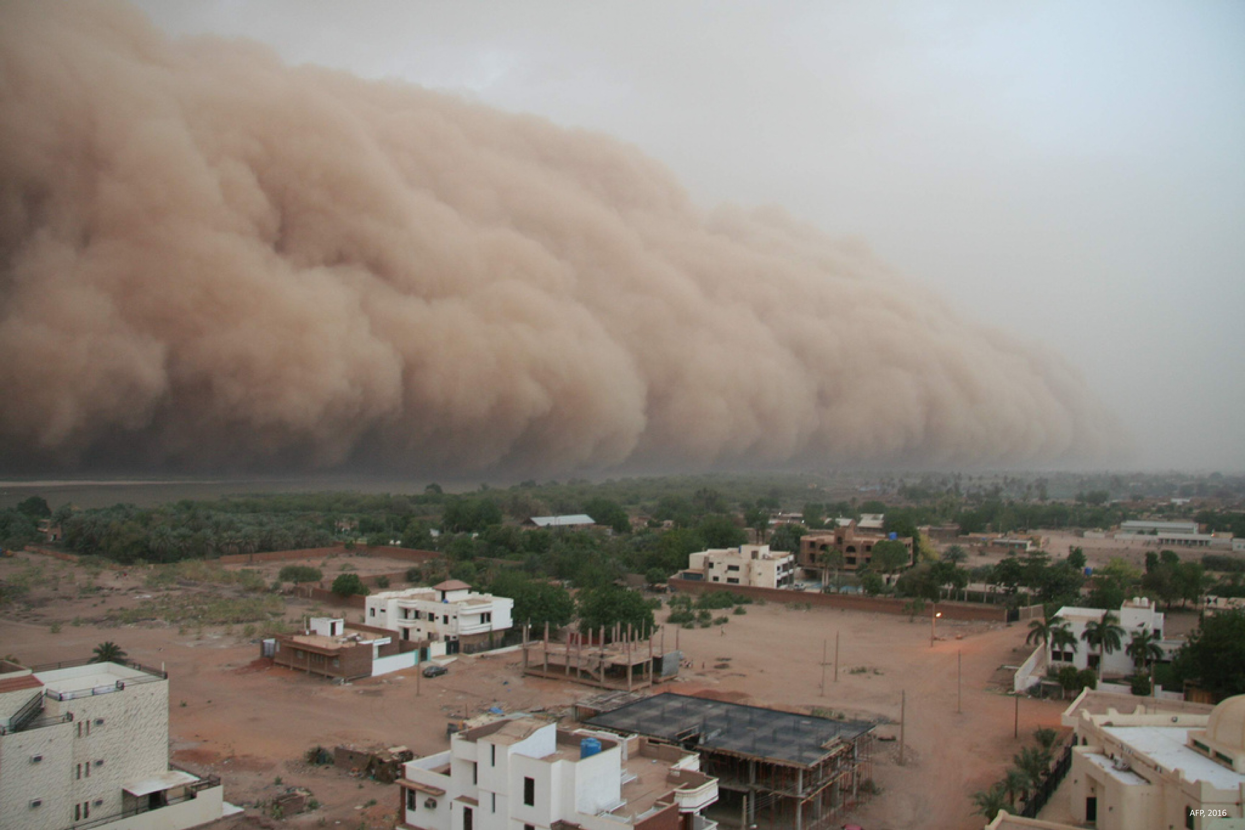 Some of the factors driving « economic » migrations: In many areas such as South Sudan, global warming expands desertification and makes sand storms more frequent.