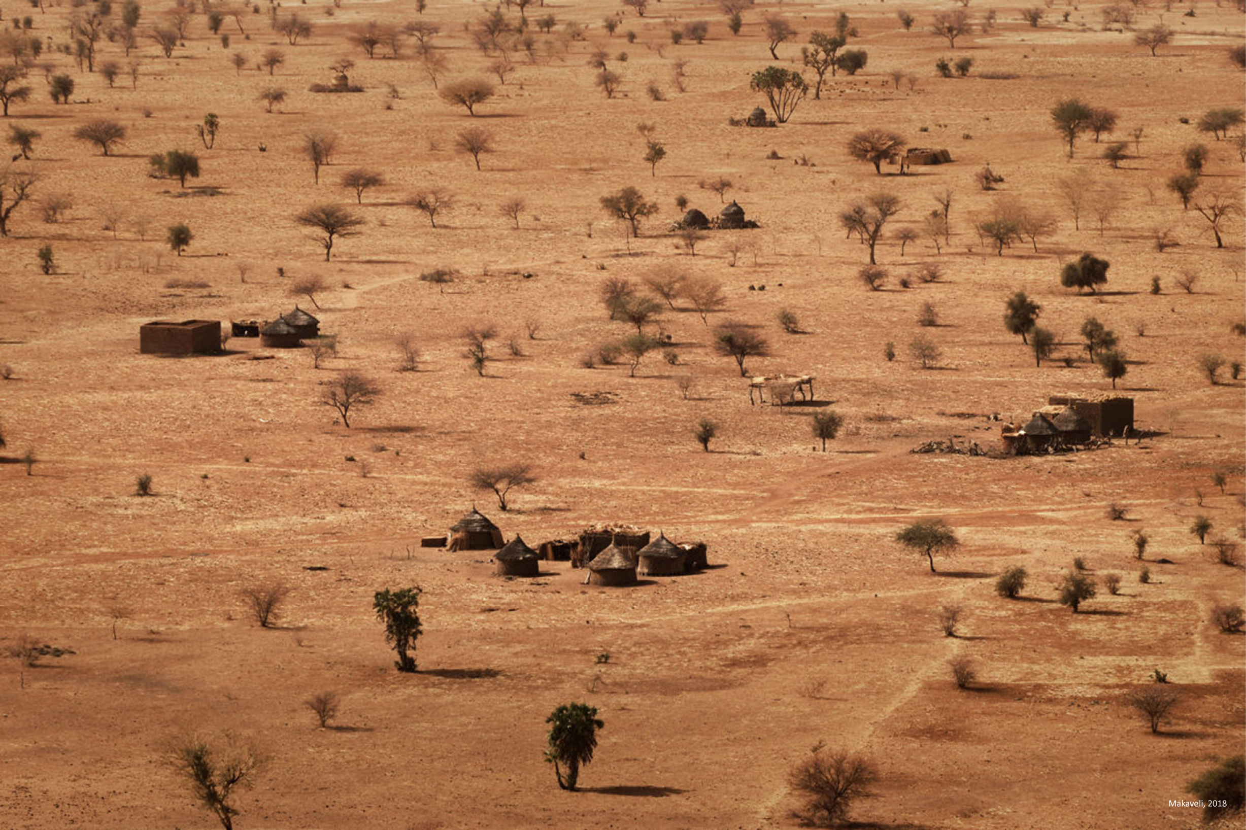 Some of the factors driving « economic » migrations: Droughts are more severe due to global warming, for instance in Gourma Rarhouss (Mali) near the Niger river.