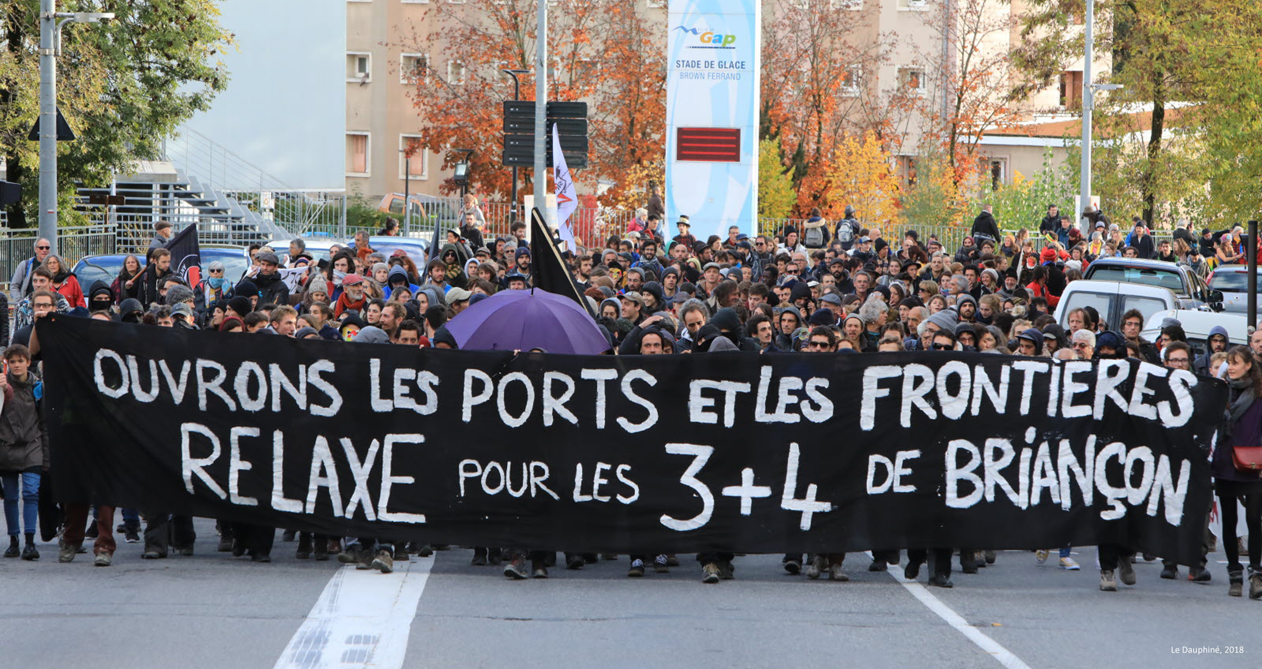 November 2018:  Demonstration of the solidarity movement in support of seven people prosecuted by the French State because they « illegally helped foreigners enter » France.